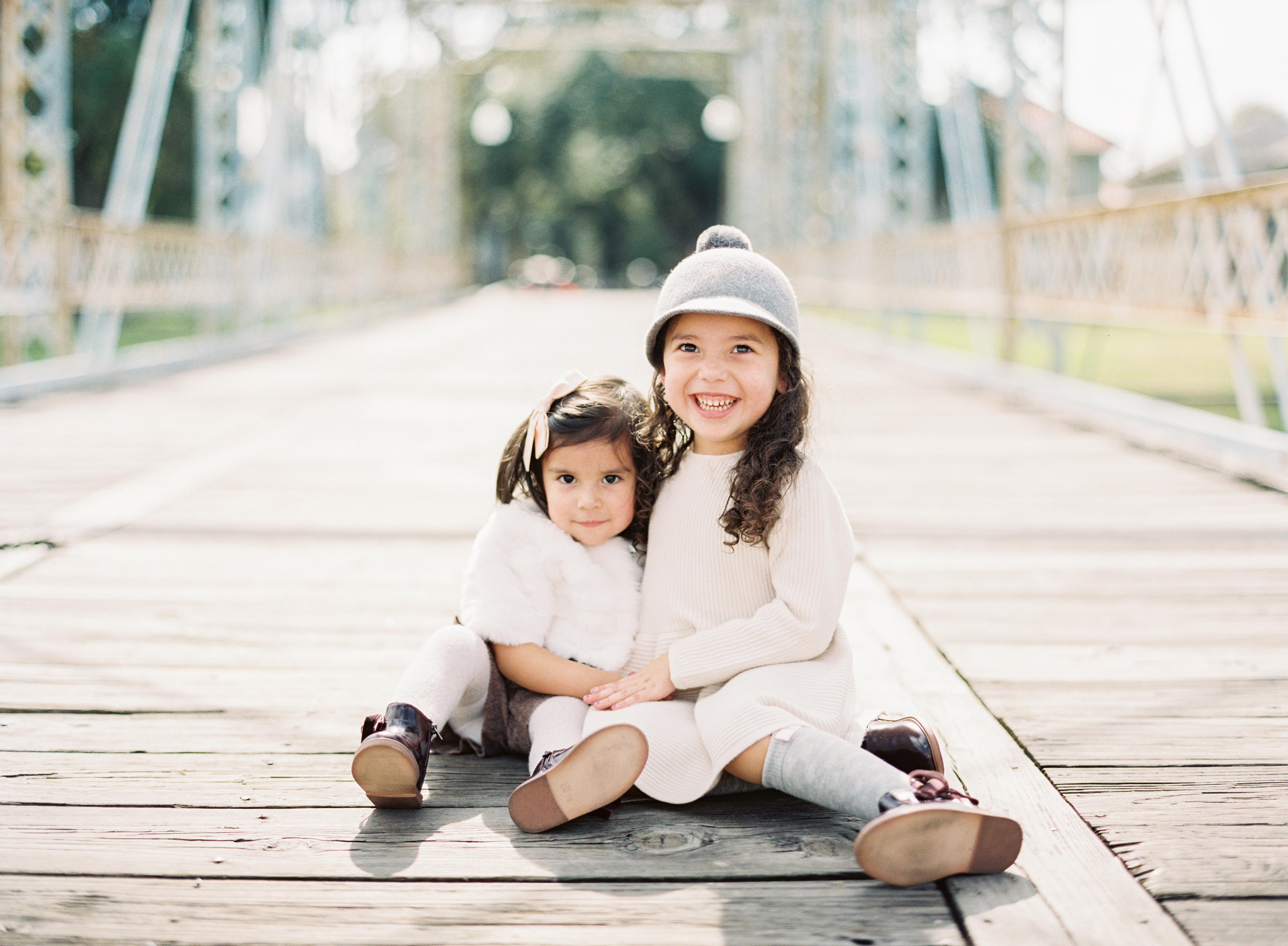 poses, what to wear, outdoor, ideas, with toddler, park, sisters, fashion, style
